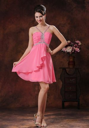 Beaded V-neck Pink Short Bridesmaid Dress for Church Wedding