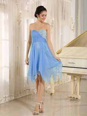 Light Blue Sweetheart Short Junior Bridesmaid Dress with Beading