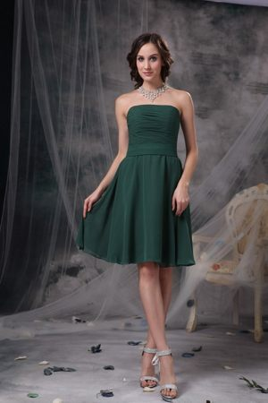 Dark Green A-line Strapless Bridesmaid Gowns Knee-length in Havre