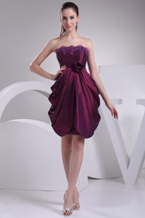 Strapless Pick-ups Burgundy Bridesmaid Dress with Handmade Flower