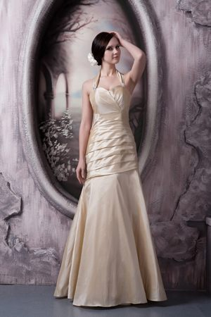 Champagne A-line Halter Bridesmaid Gowns Floor-length in Iowa