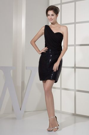 Black Sequin One Shoulder Ruched Short Bridesmaid Dress for Beach