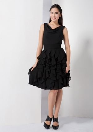 Ruffles Zipper Up V-neck Black Chiffon Bridesmaid Dress in Washington