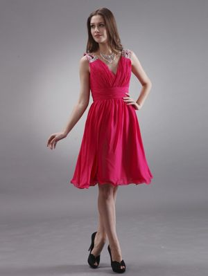 Beading V-neck Coral Red Knee-length Bridesmaid Dresses for Wedding