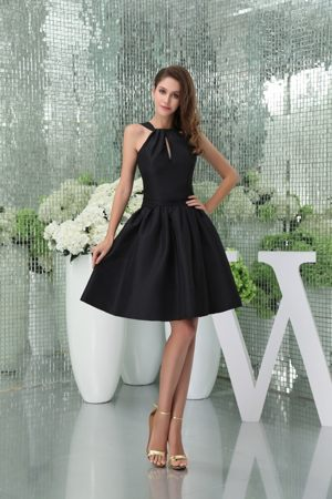 Black Straps Satin Knee-length Bridesmaid Dress in Huntsville Alabama