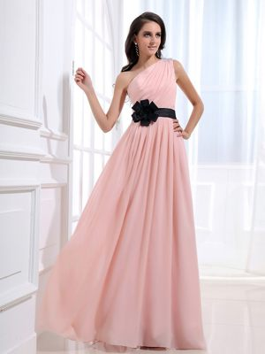 One Shoulder and Black Sash Bridesmaids Gown with Ruched in Baby Pink