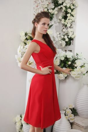 V-neck Maternity Saskatchewan Bridesmaid Dress in Red to Knee-length