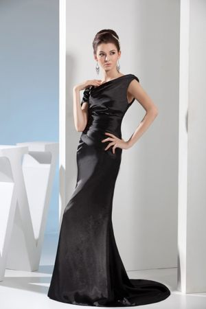 Mermaid Black Bridesmaid Dress with Asymmetrical Neck and One Shoulder